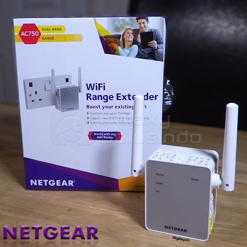 NETGEAR EX3700 WiFi Range Extender - Essentials Edition